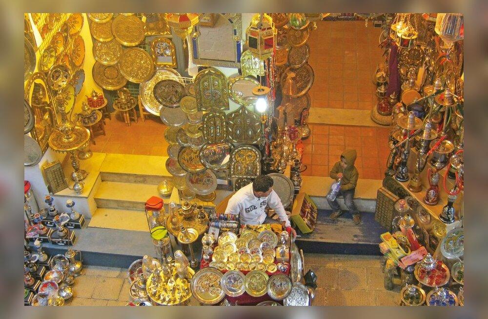 Tuneesia erilised momendid: sultani tervitus ja Hannibali pärand