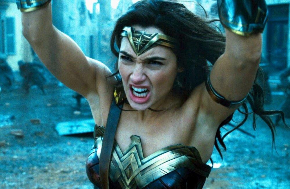 """Lumehelbekesed on vihased, sest ei saanud kutset naistele mõeldud """"Wonder Womani"""" linastustele"""