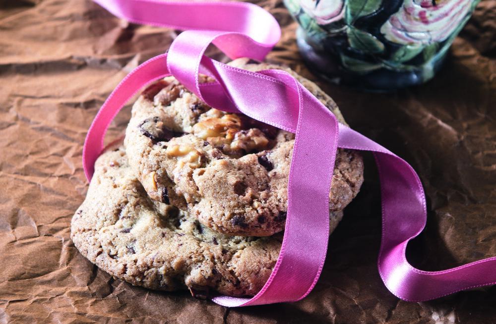 NAUDI! Imelihtsad pähkli-šokolaadiküpsised