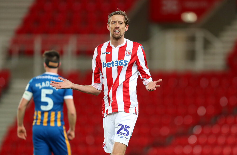 38-aastane Peter Crouch on Premier League'is tagasi!
