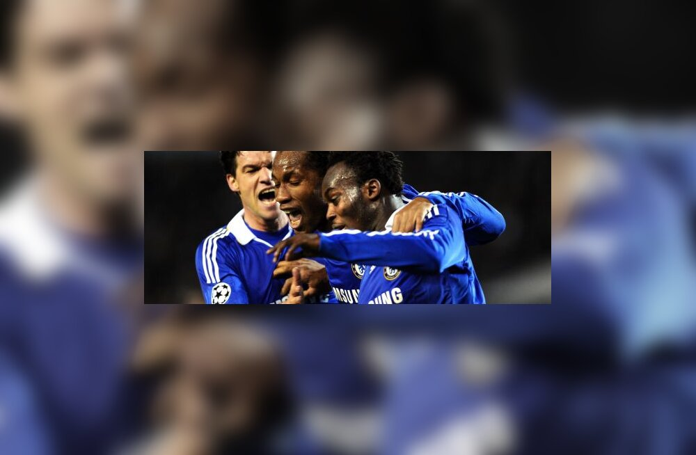 Michael Essien, Didier Drogba ja Michael Ballack (Chelsea)