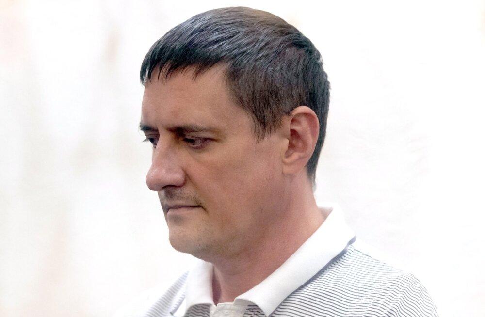 Seoses kaubanduskeskuse põlenguga hooletuses süüdistatav Kemerovo tuletõrjeülem üritas enesetappu