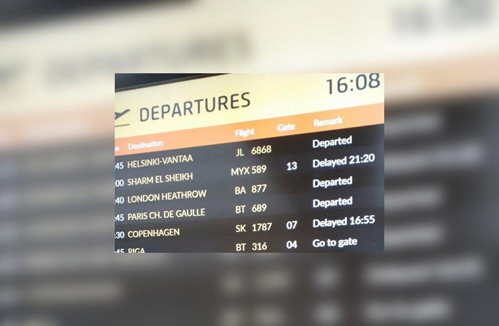 SmartLynxi kingitus koolivaheajaks: Sharm el Sheikhi sõitvad pered on Tallinna lennujaamas lõksus, lennu väljumine lükati mitu tundi õhtusse