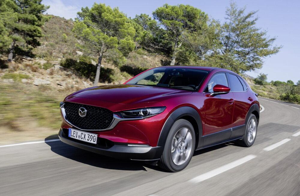 Mazda CX-30 panustab välimusele ja nägusale interjöörile