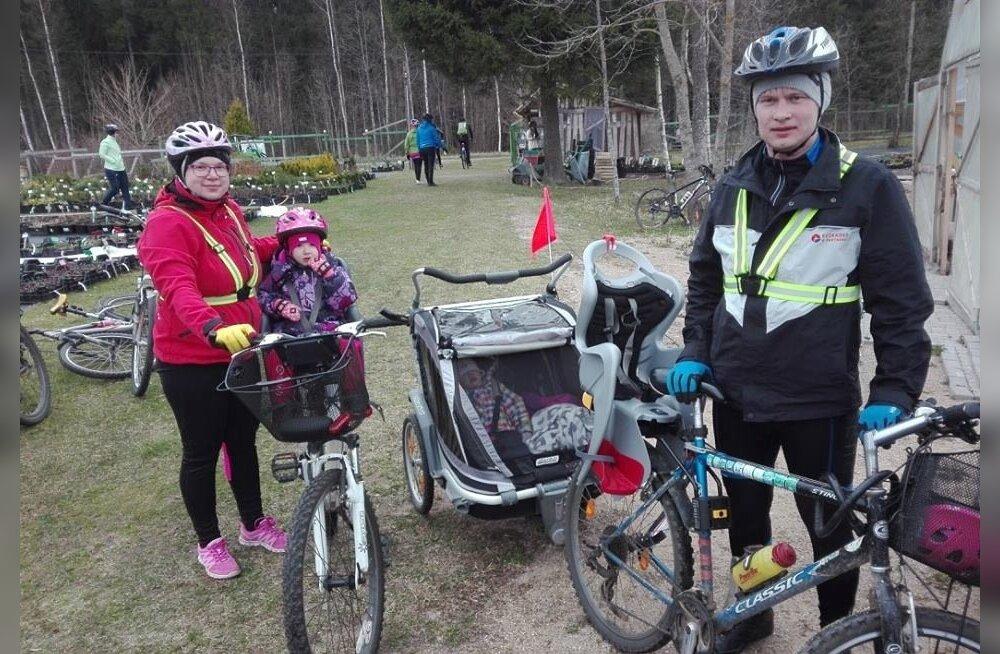 Pühapäevane rattamatk võib olla mõnus kogupereüritus.