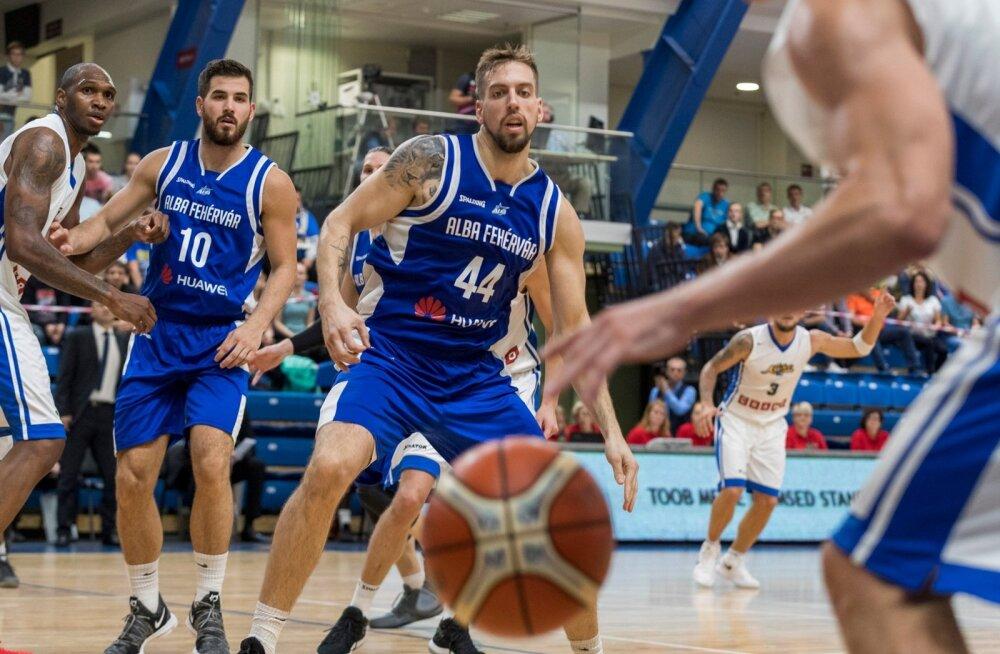 Valitsev Eesti korvpallimeister BC Kalev/Cramo jätkas eurohooaega, võõrustades FIBA Meistrite liiga teise eelringi avakohtumises Ungari klubi Székesfehérvári Albat. Esimene vaatus lõppes kalevlaste 78:71 võiduga.