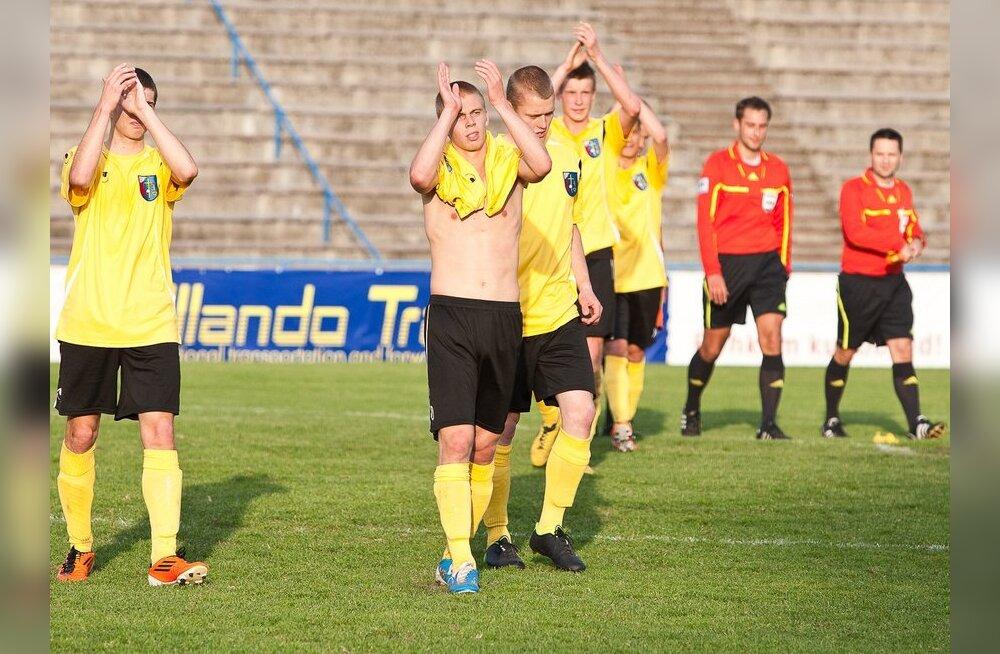 Jalgpalli esiliigas mängisid Infonet ja Tallinna Kalev viiki