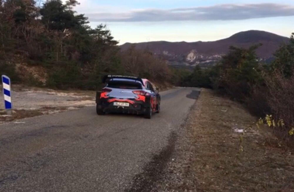 VIDEO | Ott Tänak testib esimest korda Hyundai masinat