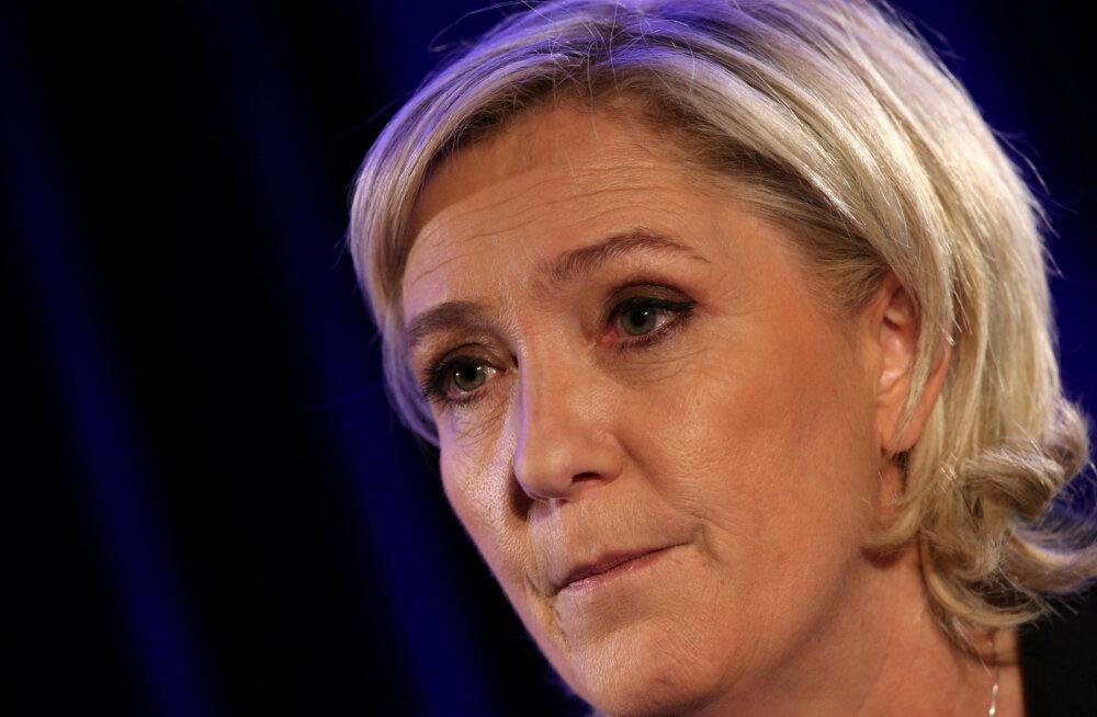 Europarlament nõuab Le Penilt tagasi ligi 340 000 eurot assistentidele fiktiivsete tasudena väljamakstud raha