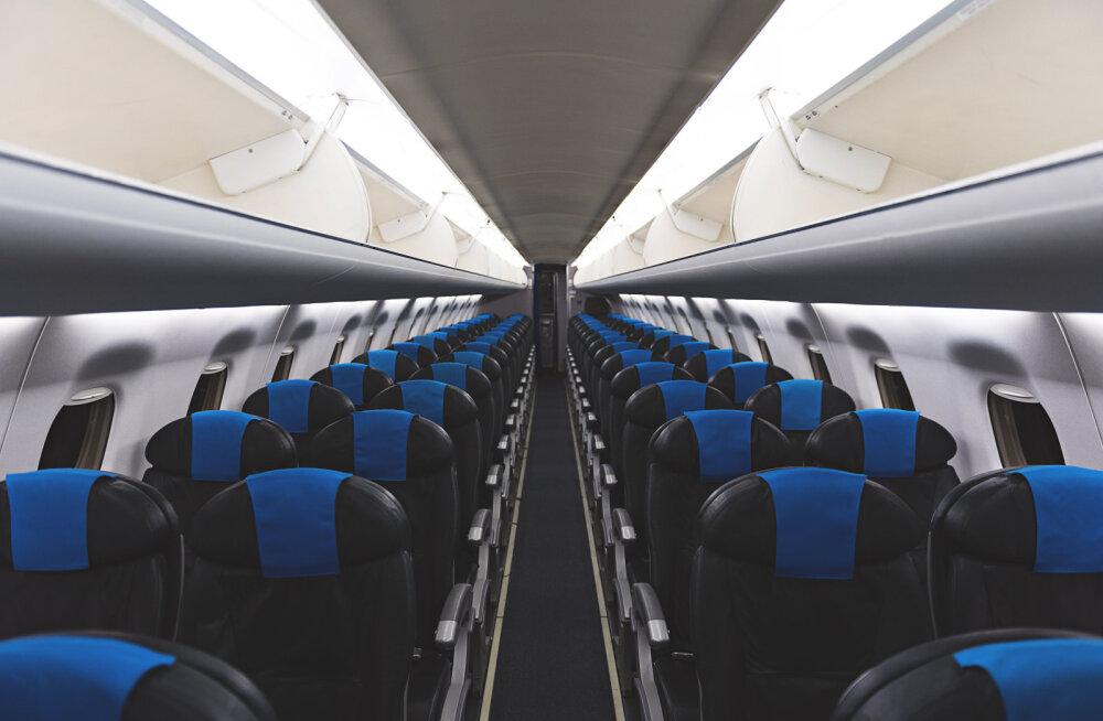 VIDEO harvaesinevast olukorrast: naine avastas, et on suures reisilennukis AINUKE reisija