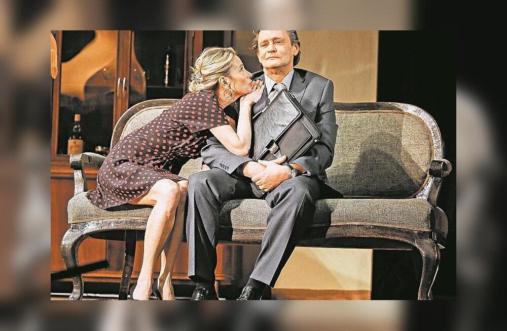 Домогаров и Высоцкая представят в Таллинне новый спектакль Кончаловского