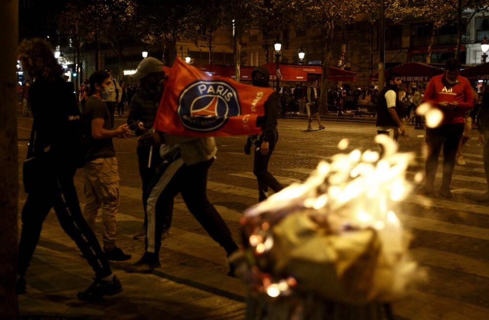 VIDEOD JA FOTOD | PSG kaotus Meistrite liigas vallandas Pariisis rahutused