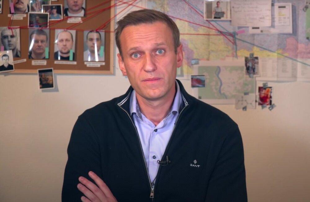 Навальный назвал дату возвращения в Россию