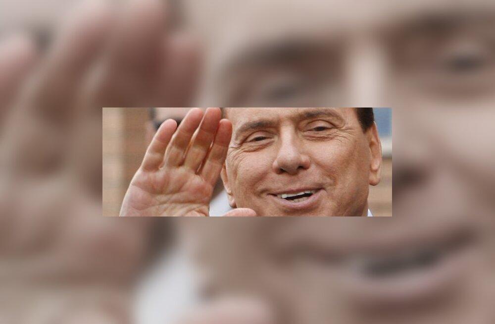 Ärimees: vahendasin Berlusconile 30 naist