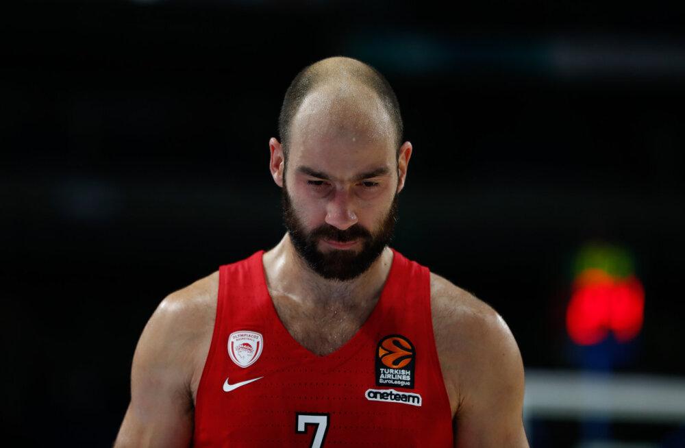 Kreeka korvpallilegend jätkab Olympiakoses