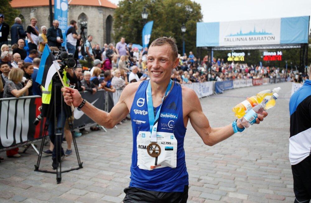 ФОТО: Впервые в Таллиннском марафоне победил эстонец. Поздравляем Романа Фости!