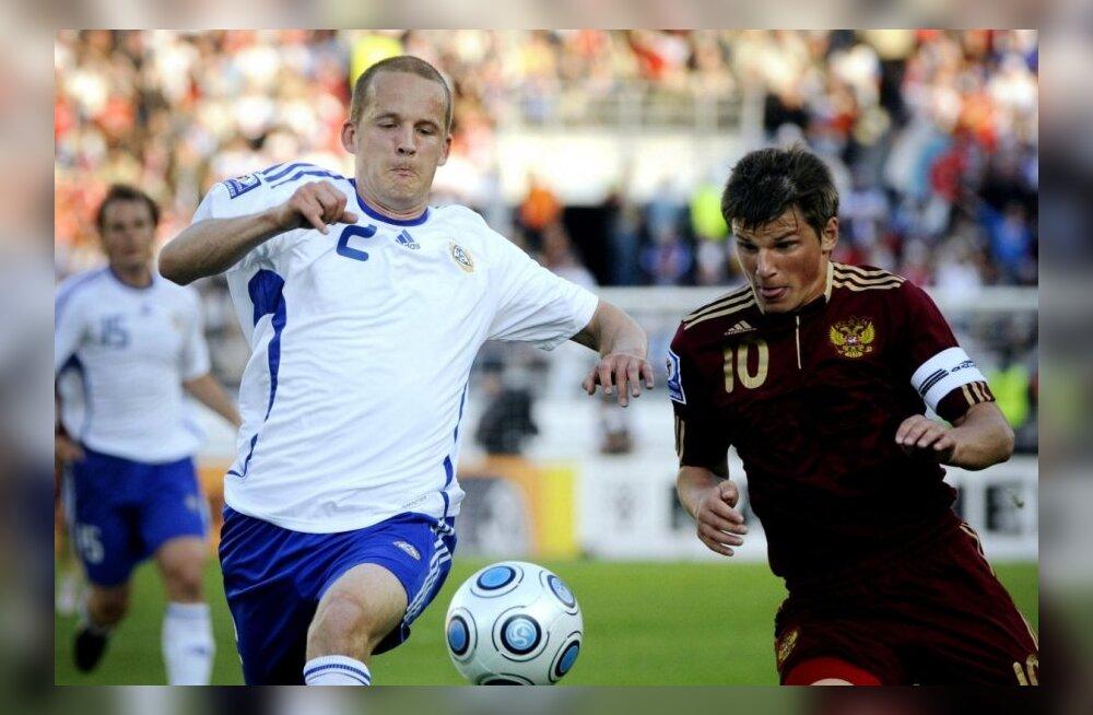 Petri Pasanen (Soome) ja Andrei Aršavin (Venemaa)