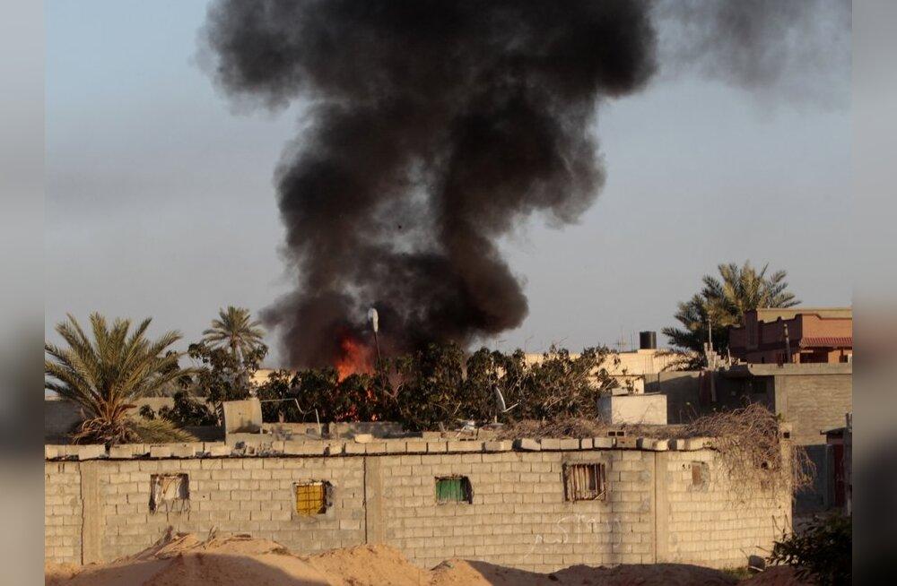 Muammar Gaddafile lojaalsed väed jätkasid Misrata pommitamist