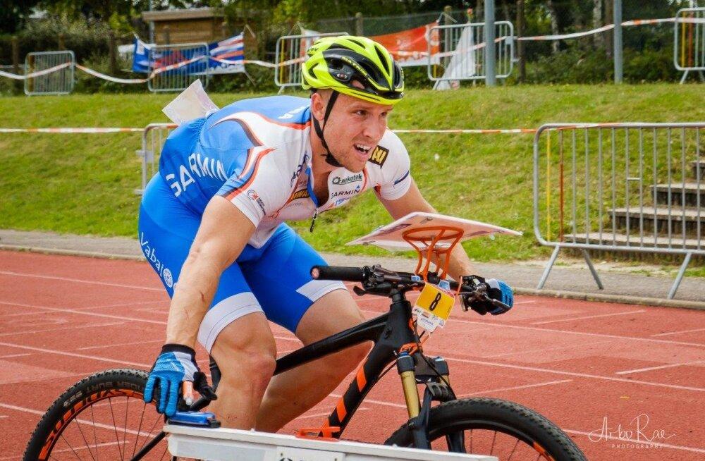 Lauri Malsroos võitis rattaorienteerumise EM-il teise hõbeda, kuldmedalist jäi sekund puudu!