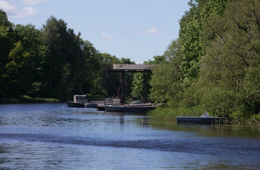 Paadid Pärnu jõel