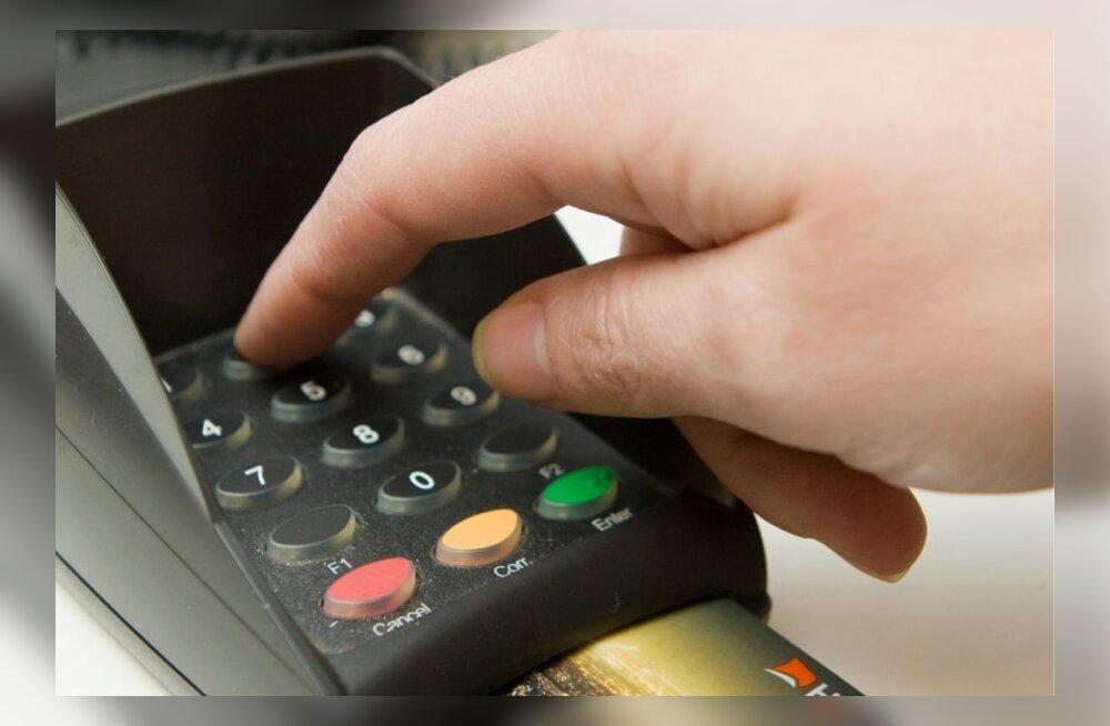ed90c798009 Poed tunnistavad: Kaardimaksed mõjutavad ka tarbija rahakotti ...