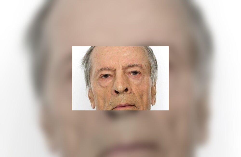 79-летний Виктор найден. Его крики услышали охотники