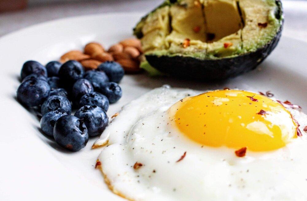 Идеальный завтрак: что есть, чтобы чувствовать себя бодро и не набирать вес? Разбираемся с эстонским экспертом по питанию