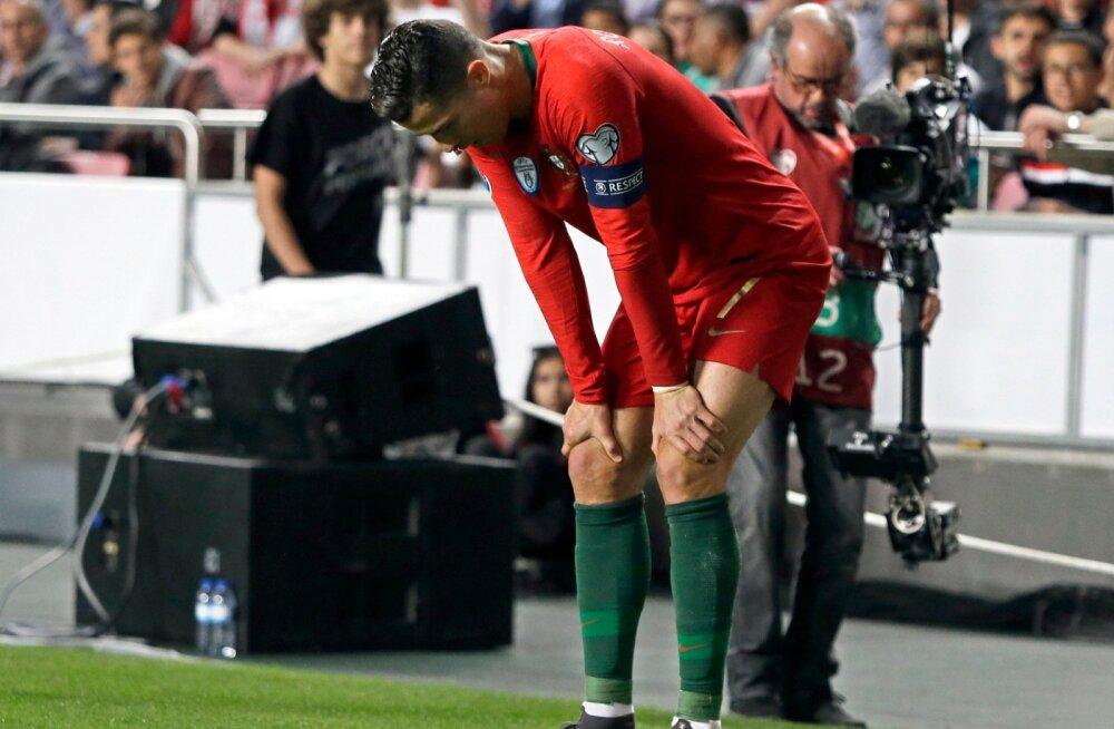 Cristiano Ronaldo sai Portugali koondise eest mängides vigastada.