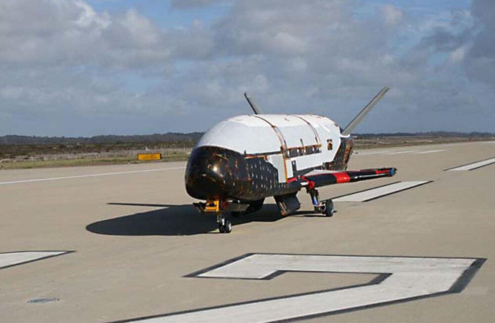 Mõistatuslik kosmoselennuk on juba pea kaks aastat orbiidil veetnud