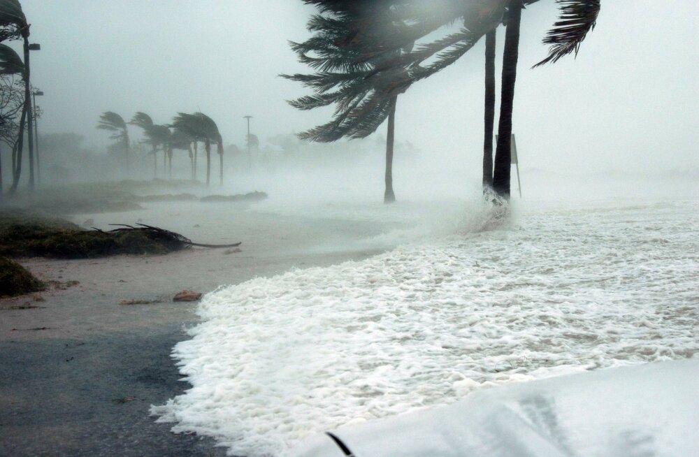 RISKIVABA PUHKUS | Kui vihma sajab, saad raha tagasi! See Itaalia saar kompenseerib halva ilma puhul su reisikulud
