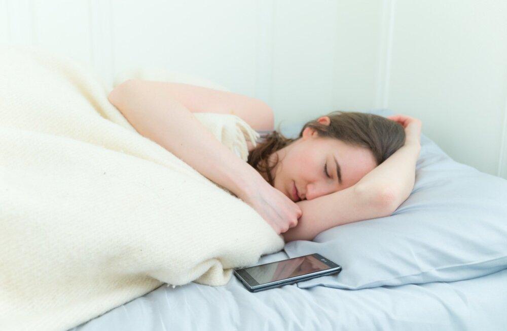Nutiseadmetele tuleb kehtestada magamistuppa sisenemise keeld.