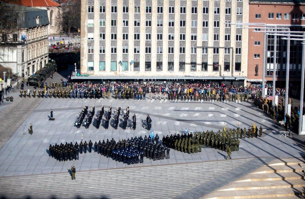 Koroonapuhang muudab vabariigi aastapäeva tähistamist: paraadi ja presidendi kätlemistseremooniat ei toimu