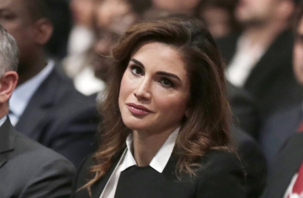 Фотосессии для Vogue и миллионы подписчиков в Instagram: как рушит стереотипы королева Иордании