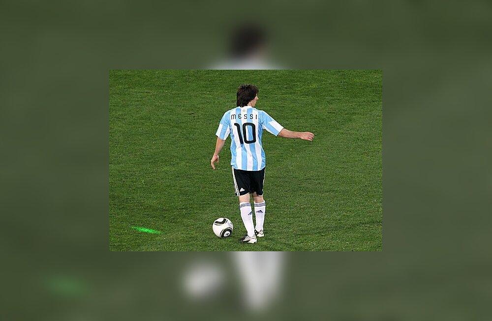 Lionel Messit häiriti laserkiirega?