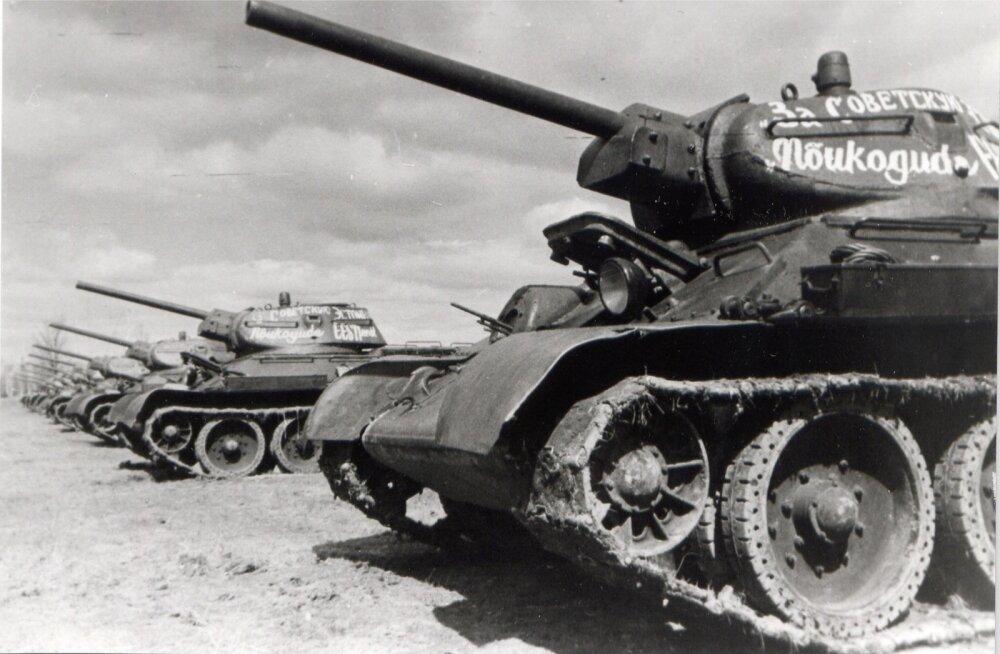 Eestlaste tankid punaarmees, Moskva lähistel, Saksa okupatsiooni ajal