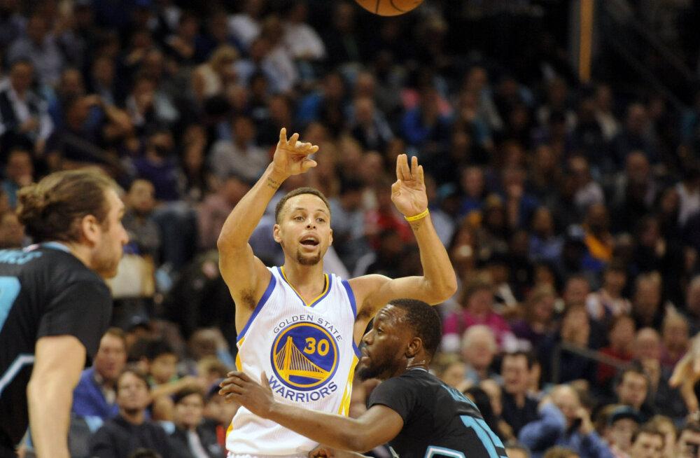 VIDEO: Stephen Curry viskas 28 punkti... Kolmandal veerandajal!