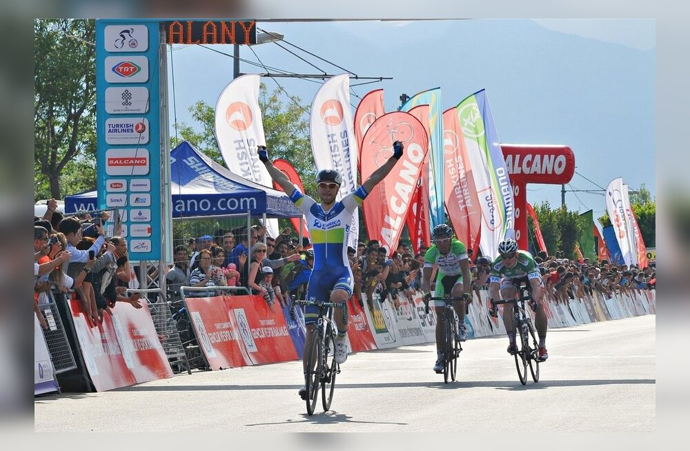 Türgi velotuuri 2. etapi finiš, võitja Aidis Kruopis