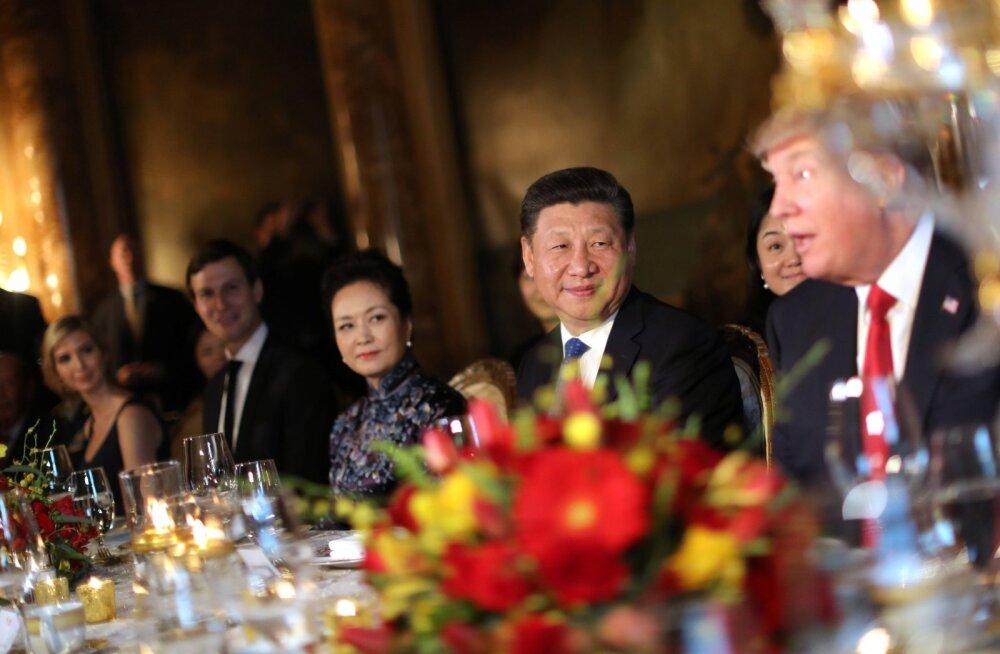 VIDEO: Trump: sõime just Hiina presidendiga kõige kaunimat šokolaadikooki, kui otsustasin raketilöögi anda