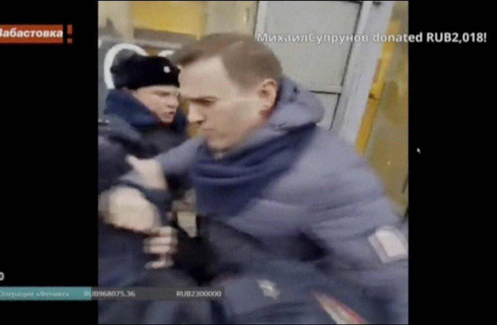 Aleksei Navalnõi peeti meeleavaldustel kinni, tema peakontor otsiti läbi