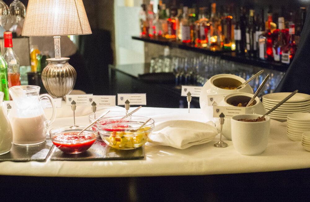 HOTELLIHOMMIKUSÖÖKIDE TEST: Kas viie tärni hommikusöök pakub viie tärni elamuse?
