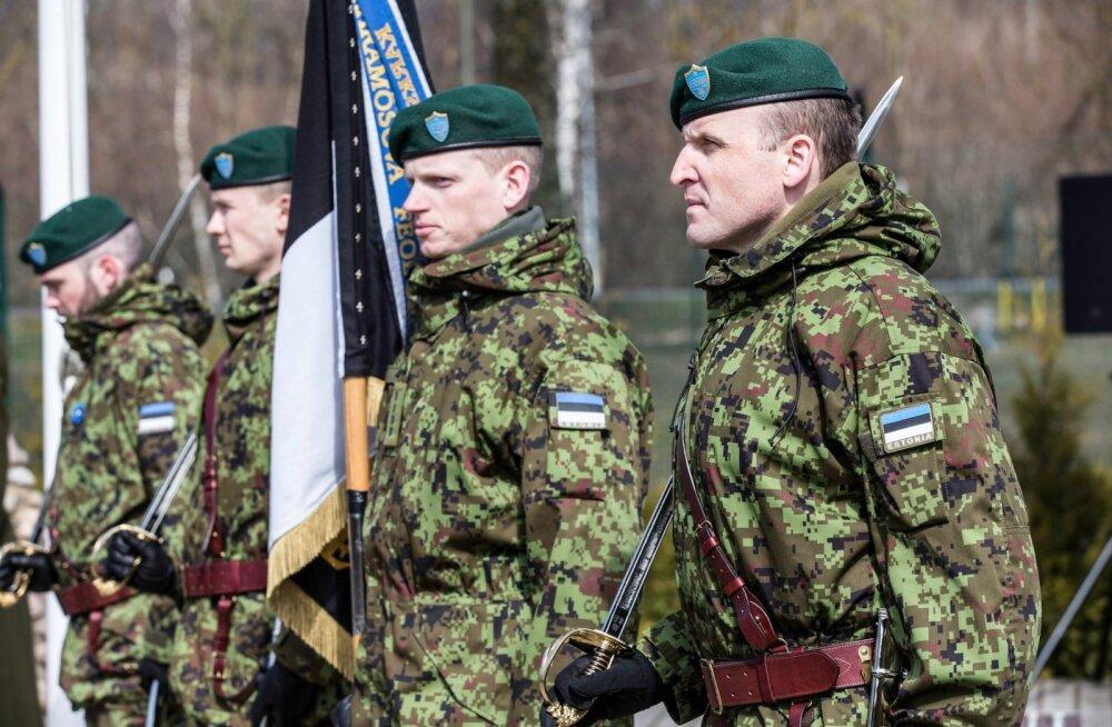 Langenud kaitseväelaste mälestamine Paldiskis