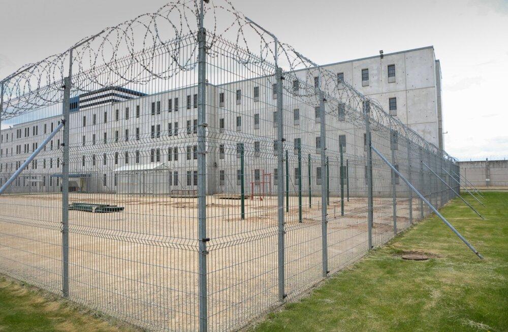 Vastulöök noortekaristajatele: vanglast väljub reeglina kurjategija, mitte ümbersündinud inimene