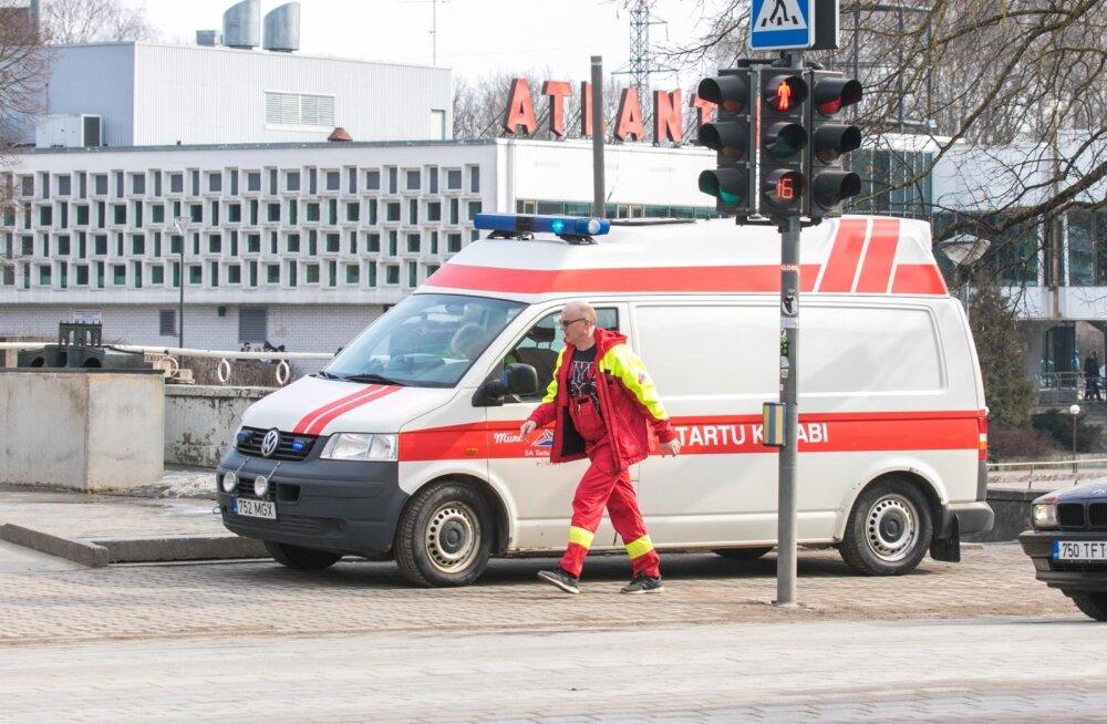 Liikluses sai viga alaealine poiss; vahele jäi viis napsitanud juhti