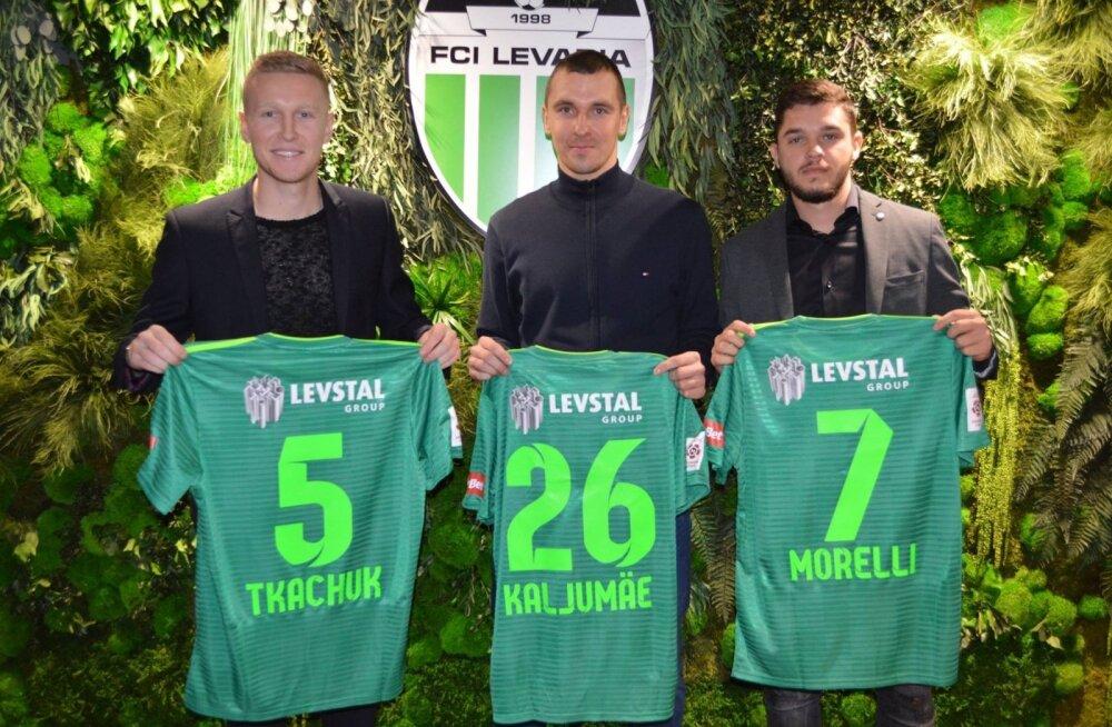 FOTOD | Levadia sõlmis pidulikus õhkkonnas kolme mängijaga lepingu