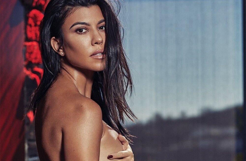 FOTOD | Vau! Kourtney Kardashian heitis riided seljast ja näitab korralikult ihu