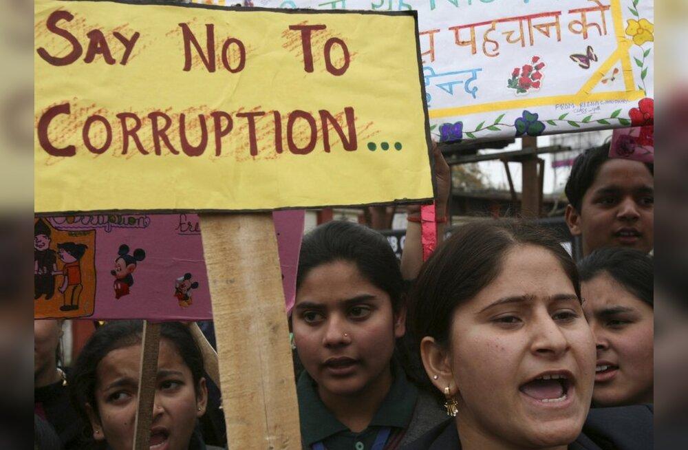 India korruptsioonivastase võitluse juhti süüdistatakse korruptsioonis