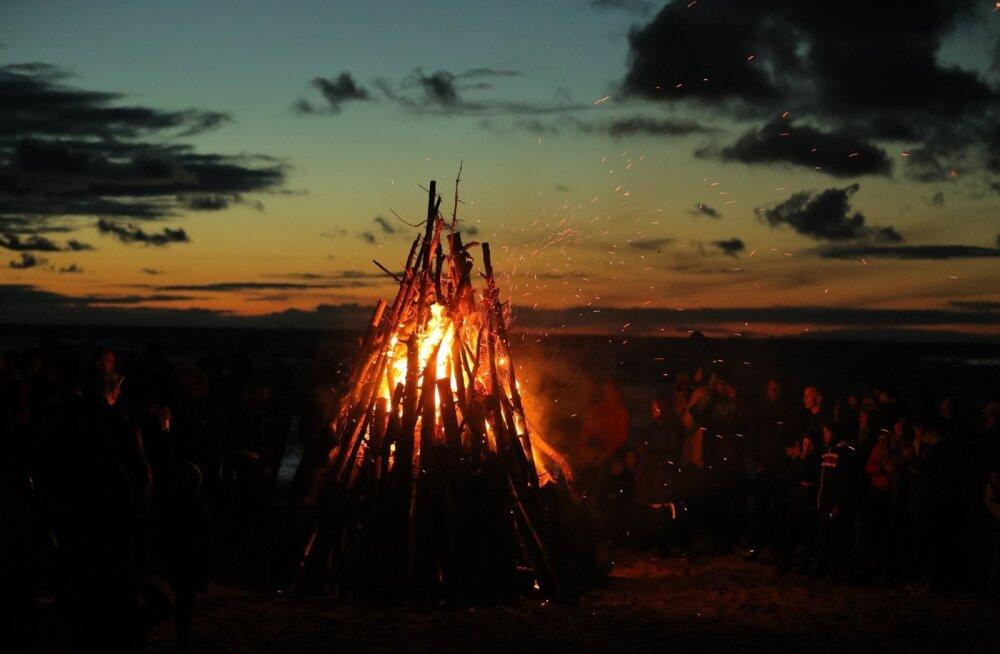Muinastulede öö kingib Eestile tulelaulu