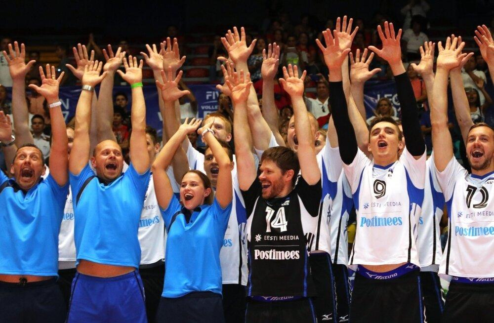 Eesti võrkpallikoondis tähistas Maailmaliiga kolmanda tugevusgrupi võitu.