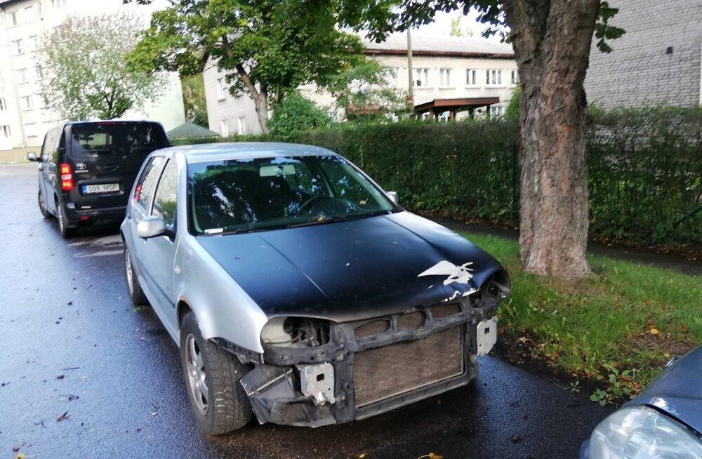 ФОТО: Долой автохлам! С улиц Пыхья-Таллинна убрали полсотни брошенных автомобилей