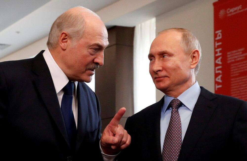 "Путин и Лукашенко проведут встречу в Сочи ""один на один"""